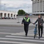 Велосипедист 006